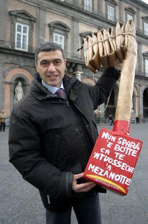 Nel 2003 il ministro Pecoraro Scanio fu testimonial contro i botti fuorilegge