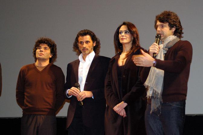 Il cast del film La Bella società al Bigfest nel Petruzzelli
