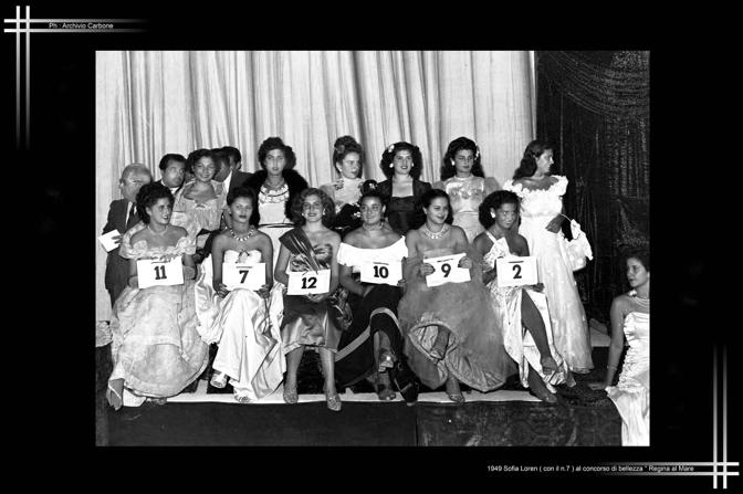 1949 - Sofia Loren ad un concorso di bellezza
