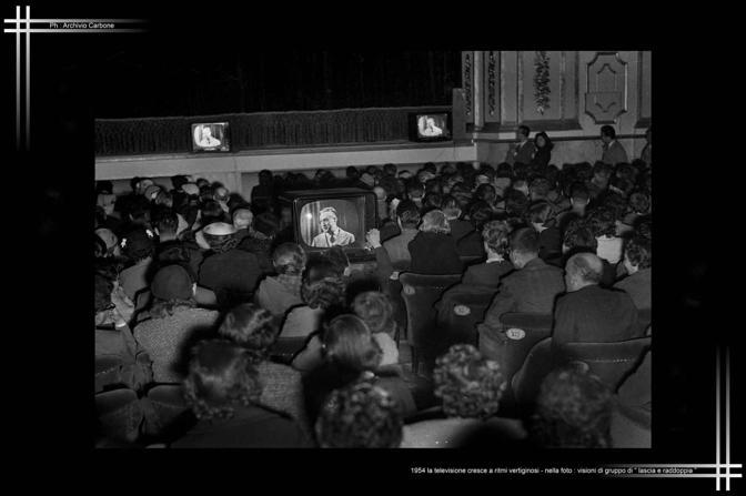 1954 - La televisione, bene di lusso