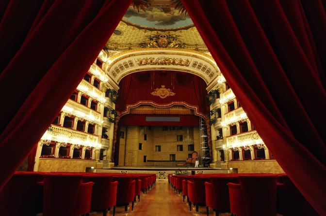 Il San Carlo restaurato (Pressphoto)