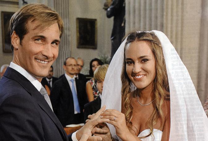 Matrimonio Un Posto Al Sole : Il matrimonio di maurizio aiello corrieredelmezzogiorno