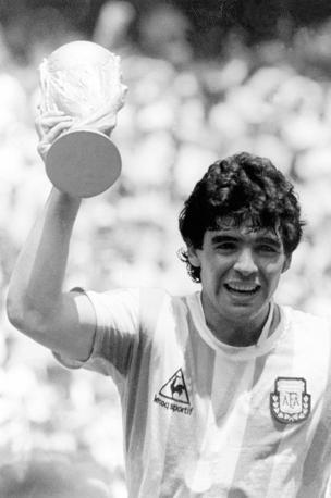 Maradona campione del mondo in Messico