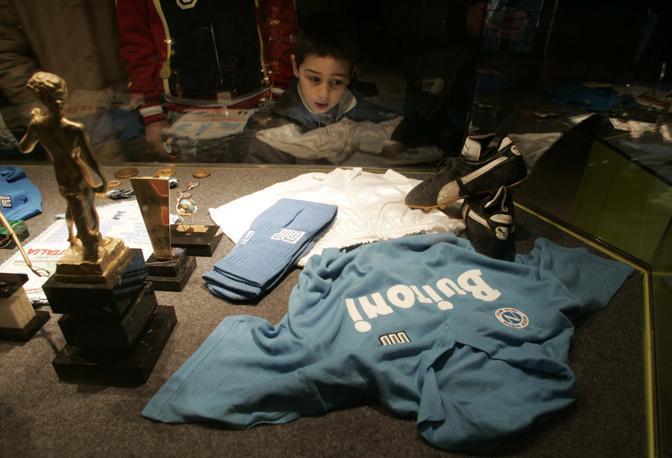 Inaugurato stamane a Napoli all Arena Flegrea di Fuorigrotta il Museo in onore del campione argentino Diego Armando Maradona