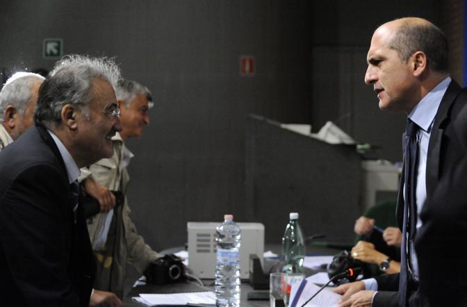 Convegno sul caro prezzi: Cozzolino e Antonio Pace dell'Ascom