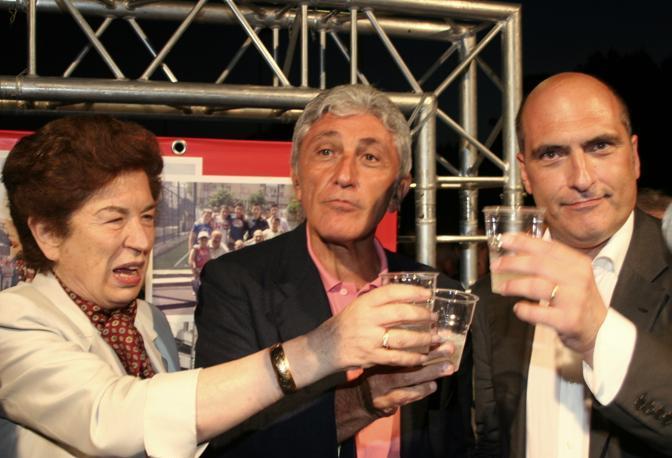 Brindisi per Cozzolino eurodeputato
