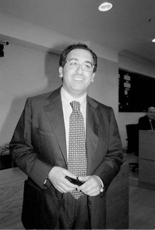 Antonio Milo, originario di Agerola ai tempi in cui era consigliere regionale Ccd. Nel gruppo dei Responsabili anche un altro agerolese, l'attuale sindaco Michele Pisacane, ex Pd