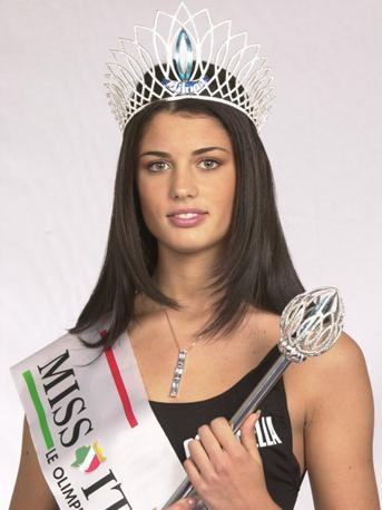 Daniela Ferolla 2001