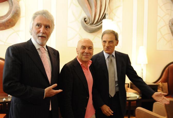 Una foto premonitrice: Rivellini con Claudio Velardi e Gianni Lettieri. Era il 2009