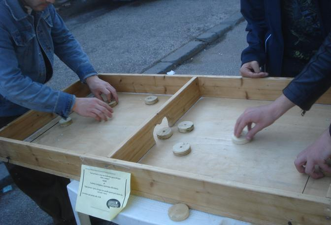 Molto Giochi in legno nel furgone: foto - CorrieredelMezzogiorno XY42
