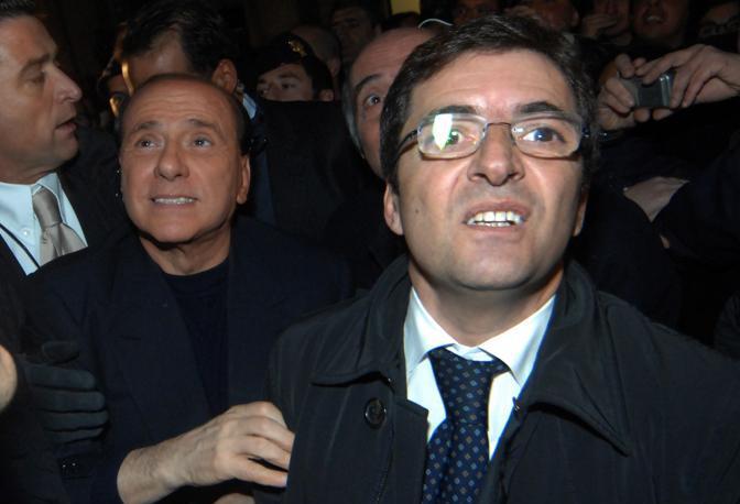 Napoli, piazza Dei Martiri: Silvio Berlusconi e Nicola Cosentino
