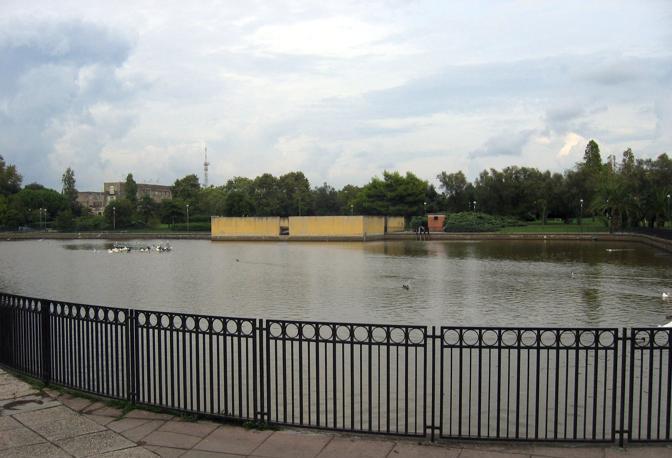 Il laghetto del Parco Troisi