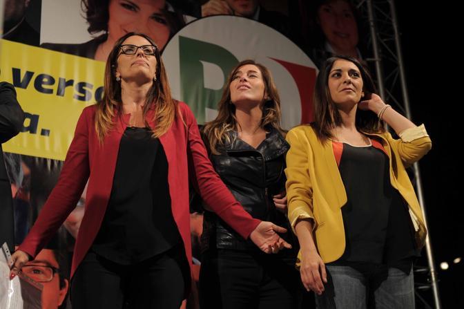 Il segretario regionale Assunta Tartaglione, il ministro Mara Elena Boschi e la capolista Pina Picierno