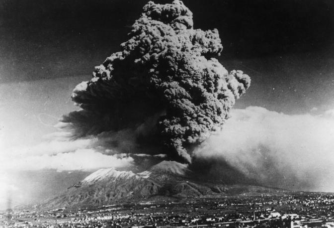 Immagini dell'eruzione del 1944