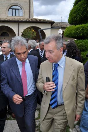 Il ministro Alfredo Mantovano con Mario Stacca