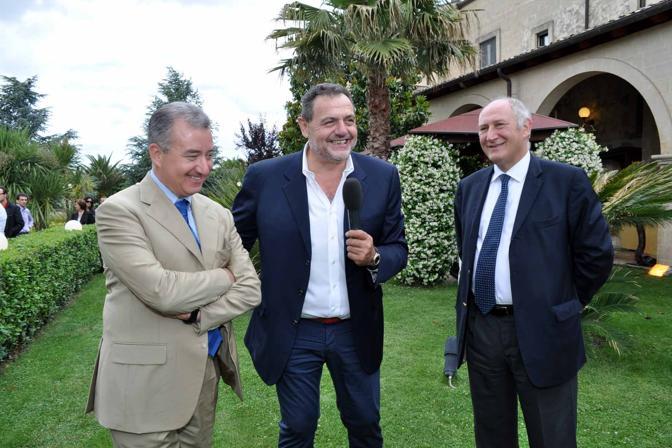Il ministro Alfredo Mantovano con Gianfranco Vissani e Mario Morcone