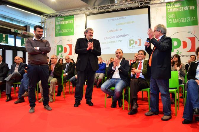Bari - Antonio Decaro del PD presenta lista per le votazioni comunali 2014 Foto ARCIERI - Bari - Antonio Decaro del PD presenta lista per le votazioni comunali 2014 - fotografo ARCIERI