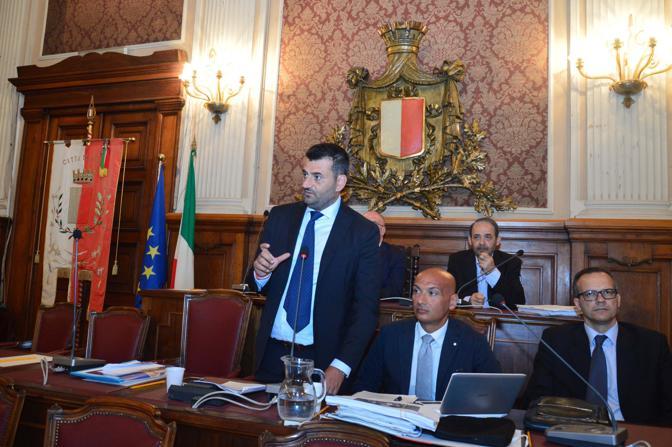 Bari, consiglio comunale con il neo sindaco Antonio Decaro