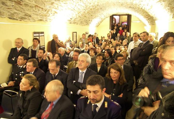 La sala durante l'inaugurazione dell'Archivio
