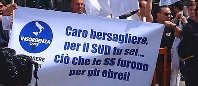 Raduno Bersaglieri, la sfida dei neoborboni:Un sit-in di protesta durante il concerto