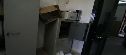 C'� una gang delle scuole occupate:dopo il Galiani, rubati 13 pc al Mazzini