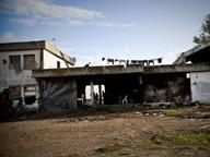 Blitz nel ghetto degli immigrati, lo sgombero all'alba ad Eboli