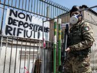 Terra dei fuochi, i Comuni napoletani «L'esercito per scortare i vigili»