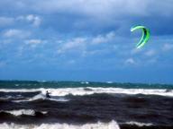 Castellaneta, in surf a 79 anni Salvato dalla Capitaneria