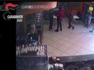 Pizzo a imprenditori di slot machine Arrestati due pregiudicati