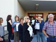 Barellieri in ufficio, scatta la protesta I dipendenti: «Giustizia ai giudiziari»