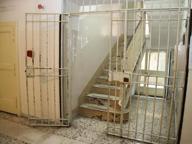Carceri, 40 agenti penitenziari chiedono il trasferimento da Taranto