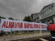 «Io e mia moglie lavoriamo in Almaviva, se chiude addio casa»