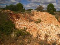 Alessano, scoperta cava abusiva Usavano pietre per muretti a secco