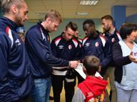 Una delegazione del Bari Calcio visita i bimbi del Pediatrico