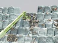 Ecoballe, iniziato il trasferimento: 20mila tonnellate verso il Portogallo