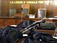 Abuso d'ufficio e corruzione, condannato dirigente di polizia