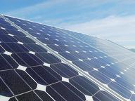 Fotovoltaico, sigilli a due impianti Norme raggirate: bloccati 3 milioni