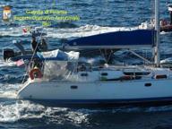 Leuca, bloccata una banca a vela A bordo 52 migranti pachistani