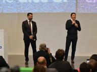 Renzi, bagno di folla in Fiera Emiliano diserta, ma la tregua regge