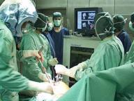 Morto dopo intervento per dimagrire L'autopsia: lo stomaco era lacerato