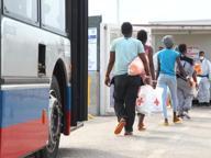 Tratta di migranti, arresti a Salerno «Usati trattamenti disumani»