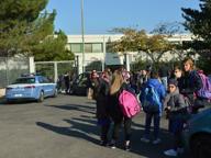 Vandali nella scuola Ungaretti Sette estintori svuotati nelle aule