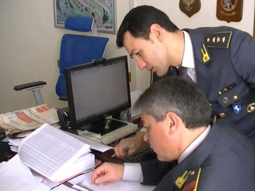 Nola evasione per oltre 17 milioni sequestrati beni a nusco porte - Nusco porte milano ...