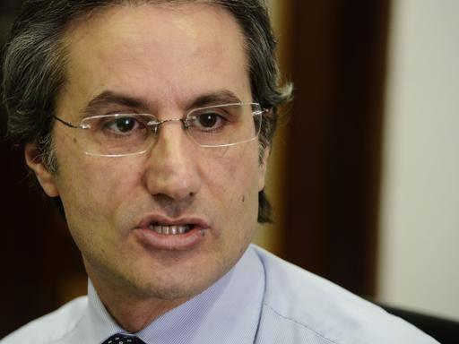 Caldoro: aumenta bolletta dell'acqua, Campania regione delle tasse