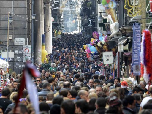 Napoli, il dopo-terremoto è finito La città spera di ritrovare vitalità