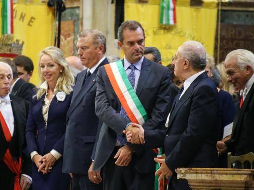 De Magistris, nuovo affondo su Renzi: continua a essere distratto su Napoli