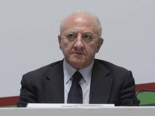 De Luca: «Finanziamo il San Carloe abbiamo il dovere di vigilare Olimpiadi al Sud? Siamo seri»