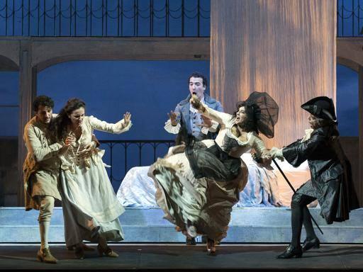 Le nozze di Figaro al San Carlo, nobiltà fedifraga e borghesi in ascesa