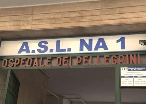 Ospedale Pellegrini, crolla solaio in sala operatoria
