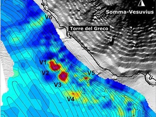 Pericolo vulcani, Bianco: «Bisogna monitorare il mare davanti al Vesuvio